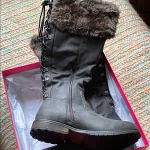 New in box boots